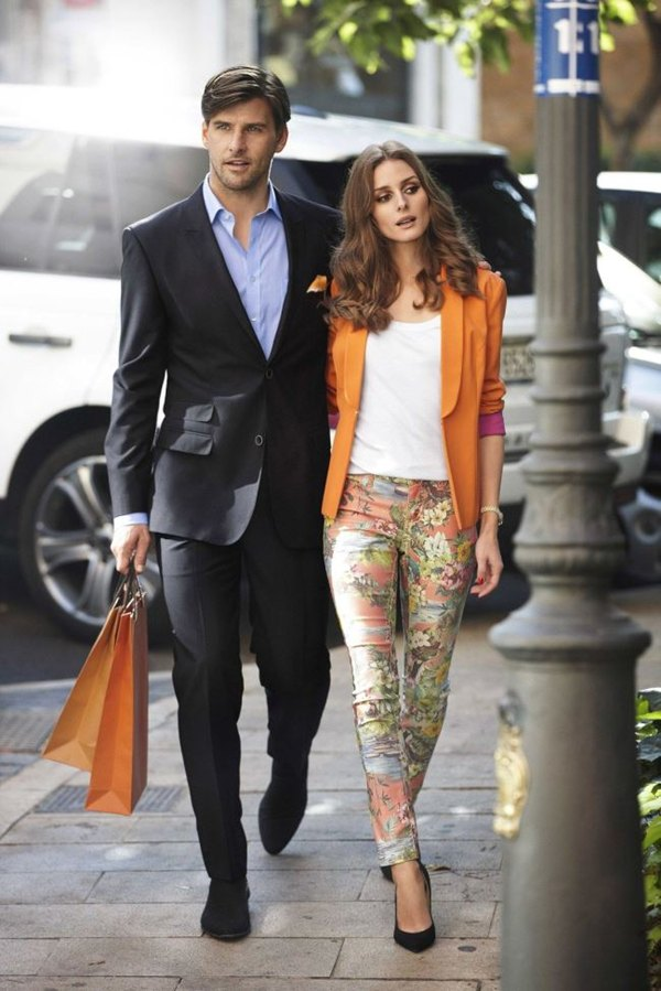 http://blog-static.hola.com/101vestidos/files/2013/03/Olivia-Palermo-orange-blazer.jpg