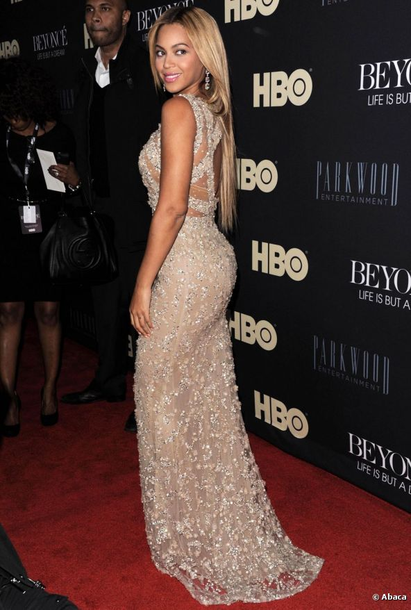 10165-beyonce-knowles-posed-on-the-red-592x0-1